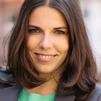 Jana Scharfschwerdt - Startup CFO-on-demand, Somea Partners